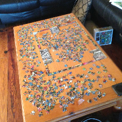 Working complicated jigsaw puzzles...